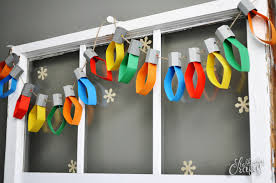 Paper Christmas Lights Garland [Tutorial] | Stubbornly Crafty