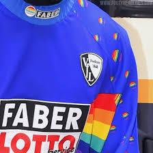 Trikots, in denen sie gewonnen haben, ziehen sie gerne erneut an. Nba Star Wears Iconic Classic Bochum Kit Ahead Of Match Footy Headlines