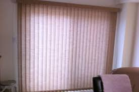 Lounge Blinds And Color Pop This Type Of Window Treatment For The Window Blinds Bradford