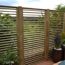 adjustable slat garden panel 0 9x1 8m