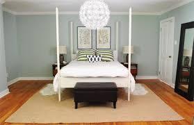 Rug Under Bed In Corner Rug Under Bed In Corner F Nongzico