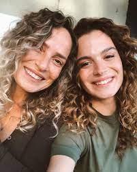 Aslı Bekiroğlu ile annesinin mutluluk hali!