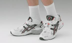 The <b>ASICS GEL</b>-<b>KAYANO</b> 5 Is Re-Releasing This Month