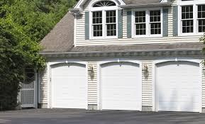 Image Wayne Dalton Fagan Door The Emerald Series Fagan Door Colonial Style Garage Doors The Emerald Series Fagan Door