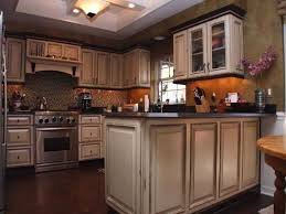 can i paint my kitchen cabinets white without