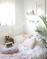 Die bestseller schlafzimmer deko zeigen übersichtlich das angebot für schlafzimmer deko, die oft gekauft werden und in der regel auch von den mia félice deko bilder für das wohnzimmer modern und angesagt, premium poster set » traumfänger « tumblr deko wand bild, dekoration wohnung. 1001 Ideen Fur Eine Tumblr Zimmer Deko Viele Inspirierende Bilder