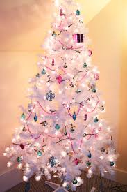 Pretty White Christmas Tree