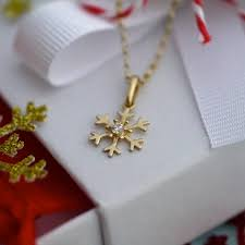 9ct gold snowflake necklace by dizzy notonthehighstreet com