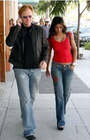 Photo de famille de la comédien, Rendez-vous amoureux Amina Tyrone, célèbre pour NYPD Blue, CSI: Miami.