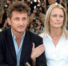 Angriff auf Paparazzo: Sean Penn wegen Körperverletzung angeklagt - WELT