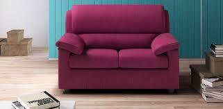 Divano letto in tessuto grigio chiaro 189 cm derby piccolo loft moderno grigio divani letto homelook from img.homelook.it in particolare il divano. Puo Un Divano Economico Garantire Comfort E Farti Risparmiare Spazio