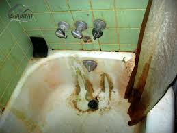 filthy bathtub a landlord cleaning up after messy tenants rehabitathome com