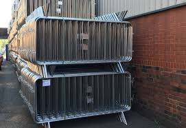 Hire Crowd Control Barriers and Safety Pedestrian Barriers | Safe Fence