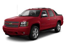2016 chevrolet avalanche trims options specs photos reviews autotrader ca