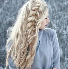 55 Charming Long Blonde Hair Styles Angelic Designs