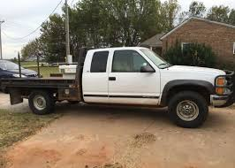 1998 Chevy 2500 with Butler Bale Bed