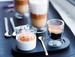 <b>Lattissima Touch</b> Black | Latte Coffee Machines | <b>Nespresso</b> IE