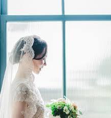 神秘的マリアベールの美しいデザインと相性の良い髪型やドレス