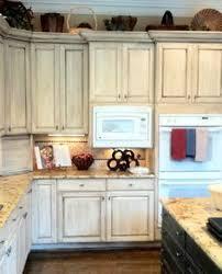 White washed kitchen cabinets Beach Chalk Painted Cupboards Photo Credit Houzzcom Chalk Paint Cabinets Whitewash Kitchen Cabinets Pinterest Whitewash Cabinets By Nikkipw Home Decor Kitchens Grey Kitchen