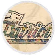 new england patriots beach towel new patriots round beach towel featuring the painting new patriots logo