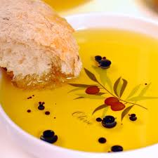 bread with olive oil and vinegar sz600 jpg