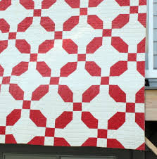 Antique quilts - Diary of a Quilter - a quilt blog & So basic and yet it makes such a nice graphic statement. Plus red and white  is always so classic. I think I want to make a reproduction of this one. Adamdwight.com