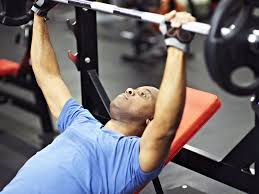 build strength with heavy lifting training