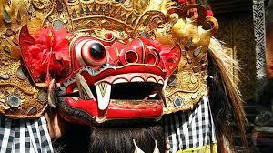 Selanjutnya dari daftar tarian daerah di provinsi indonesia ada tari kecak yang berasal dari bali. Tari Barong Bali Sejarah Fungsi 8 Jenis Kesenian Barong Di Pulau Bali