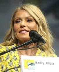 Kelly Ripa - Wikipedia