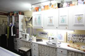 Ideas decorate Hgtv Ideas To Decorate Your Sewing Room Threads Magazine Ideas To Decorate Your Sewing Room Threads