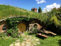 How To Build A Hobbit House How To Build A Home Fit For A Hobbit Kingspan Insulation