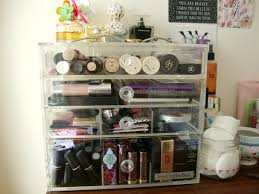 my makeup storage if little old me had a you channel then i d put all this in a video but i don t like my voice on camera so stay tuned for a pretty