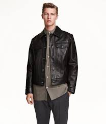 h m men paisley patterned satin shirt h m men short leather jacket try h m s premium men s range with a timeless leather jacket