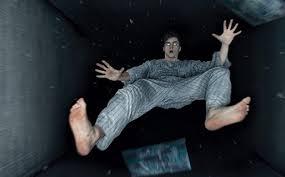 Image result for hình một người bị té ngã