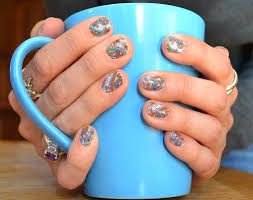 because they have found a much more economical safe and longer lasting method of having fabulous looking nails they have discovered jamberry nails