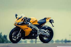 Aprilia RSV4 Yellow Motorcycle Ultra HD ...