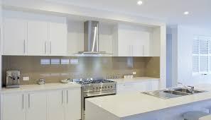 minimalis kitchen countertop white kitchen cabinets stainless steel appliances white ceiling white theme kitchen walls