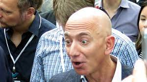 Jeff Bezos tritt als CEO Amazons zurück ...