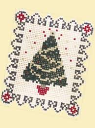 Quilting - Christmas Quilts - Gathering 'Round the Christmas Tree ... & Quilting - Christmas Quilts - Gathering 'Round the Christmas Tree Free Yo-yo  Quilt Pattern Adamdwight.com