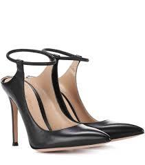 Gianvito Rossi Designer Gianvito Rossi Leather Pumps Black Women Designer Fashion