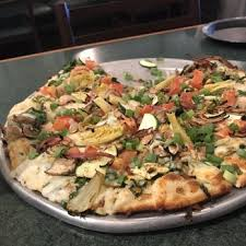 photo of round table pizza encinitas ca united states
