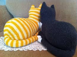 Free Crochet Cat Patterns Magnificent Ravelry The Parlor Cat Pattern By Sara Elizabeth Kellner The Two