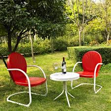 crosley furniture griffith 3 piece metal outdoor conversation seating set two chairs in red finish with
