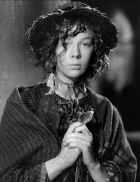 pyg on vs my fair lady d e as for eliza doolittle wendy hiller portrayed the cockney flower girl in the 1938 film and looked very young and innocent a bit too innocent and naive