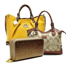 Coach Legacy Pinnacle Lowell In Signature Large Khaki Satchels ADW+Yellow  Satchels ACM+Gold