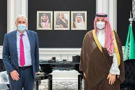"""Khalid bin Salman خالد بن سلمان on Twitter: """"Met with the Special Envoy of  Britain's Prime Minister for the Arabian Gulf,Edward Lister,to review the  strong cooperation between our two friendly countries,especially in"""