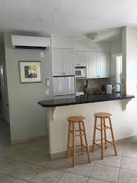 Hollywood Beach Condo Rental   Full Kitchen   All New Cabinets, Granite  Countertop, Seated