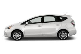 2014 Toyota Prius v Reviews and Rating | Motor Trend