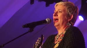 Martha FIELDS Band - Concert 01 - YouTube