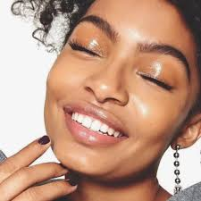 it s all over our insram feeds you and beauty s barely there natural makeup the seriously chic i woke up like this look is all about